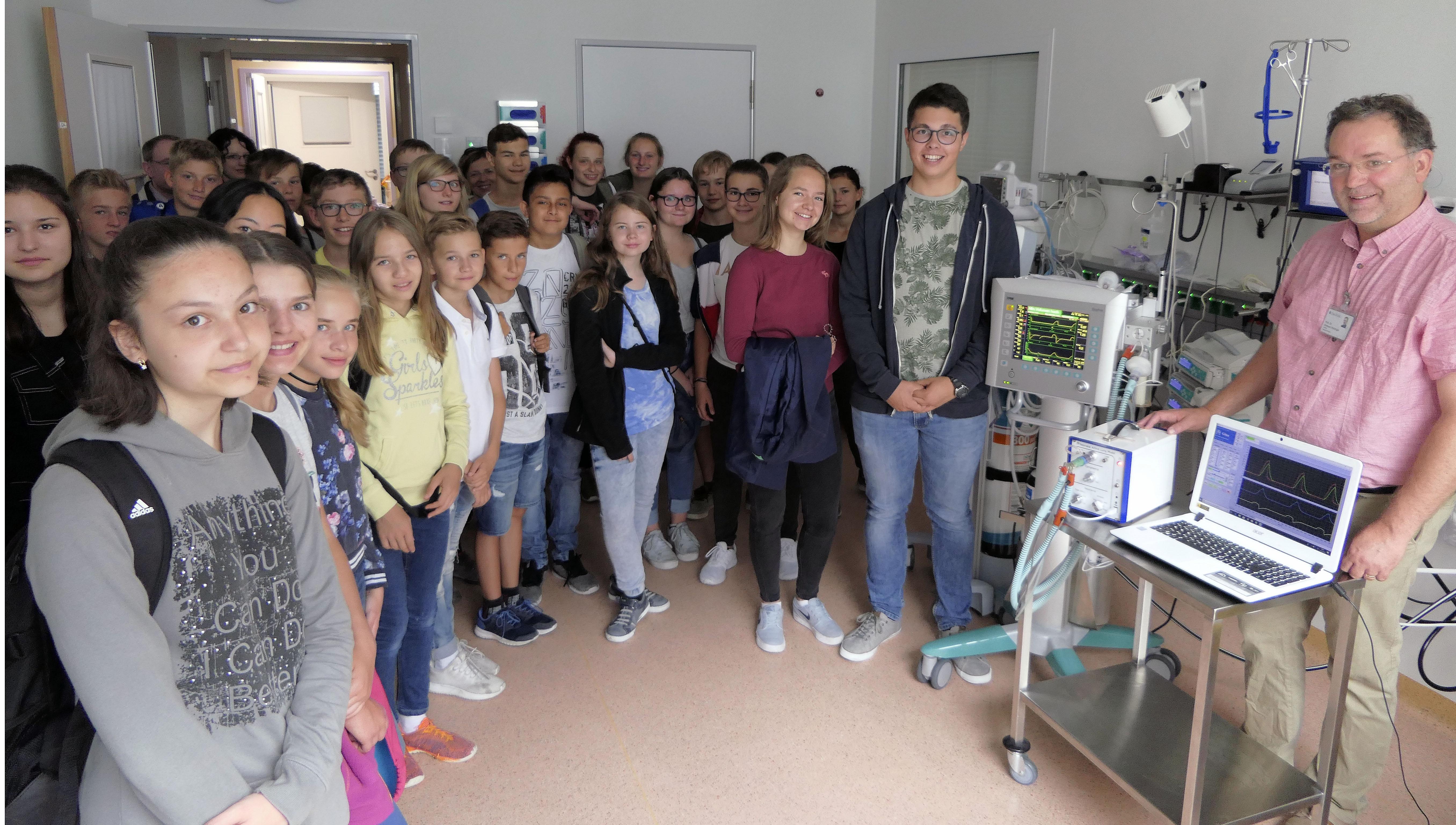 Schülerinnen und Schüler von St. Michael engagieren sich